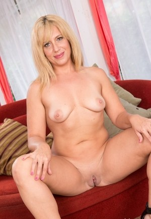 Mature Shaved Pussy